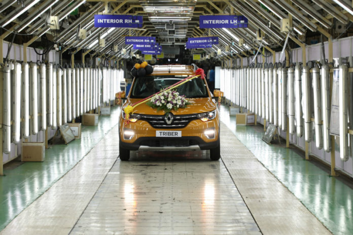 Renault opens select dealerships and service centres across India
