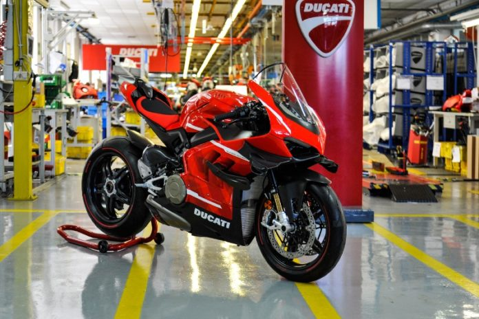 Ducati starts production of the Superleggera V4