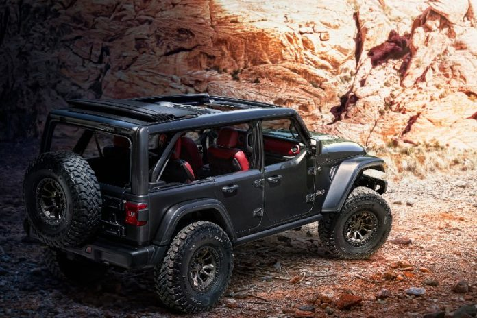 Jeep equips the Wrangler with a 6.4-litre V8 at last!