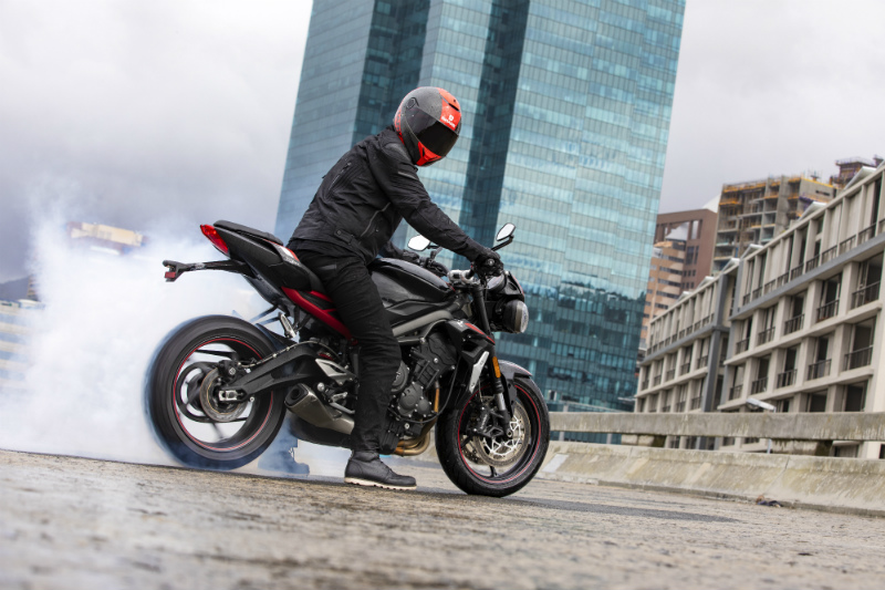 Triumph Street Triple R - Bike Update Online
