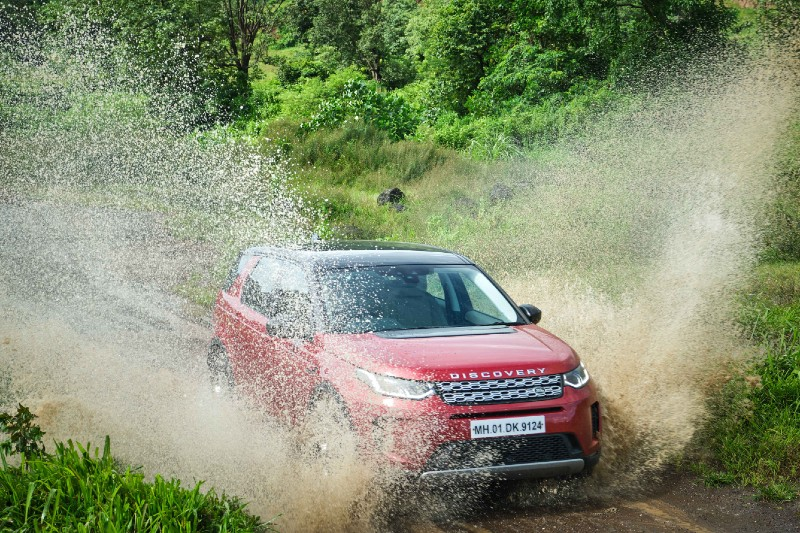 Land Rover Discovery Sport Drive Review - Topgear Magazine